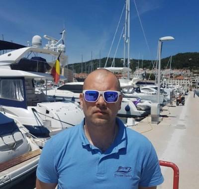 Mario Kuzmanic handman at Cro Sailing